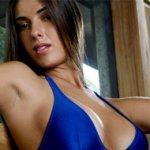 Playboy: Panicat Nicole Bahls Assina Contrato