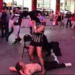 Quando a Dança Sensual Acaba de um Jeito Estranho