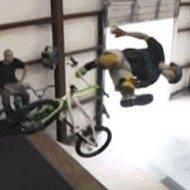 Manobra Radical de Bicicleta