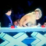 Caloura Imita Britney e Tenta Beijar Jurada no Britain's Got Talent