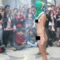 Mulher Protesta Nua Em S O Paulo